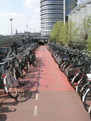 La Danimarca ci sorpassa in bici