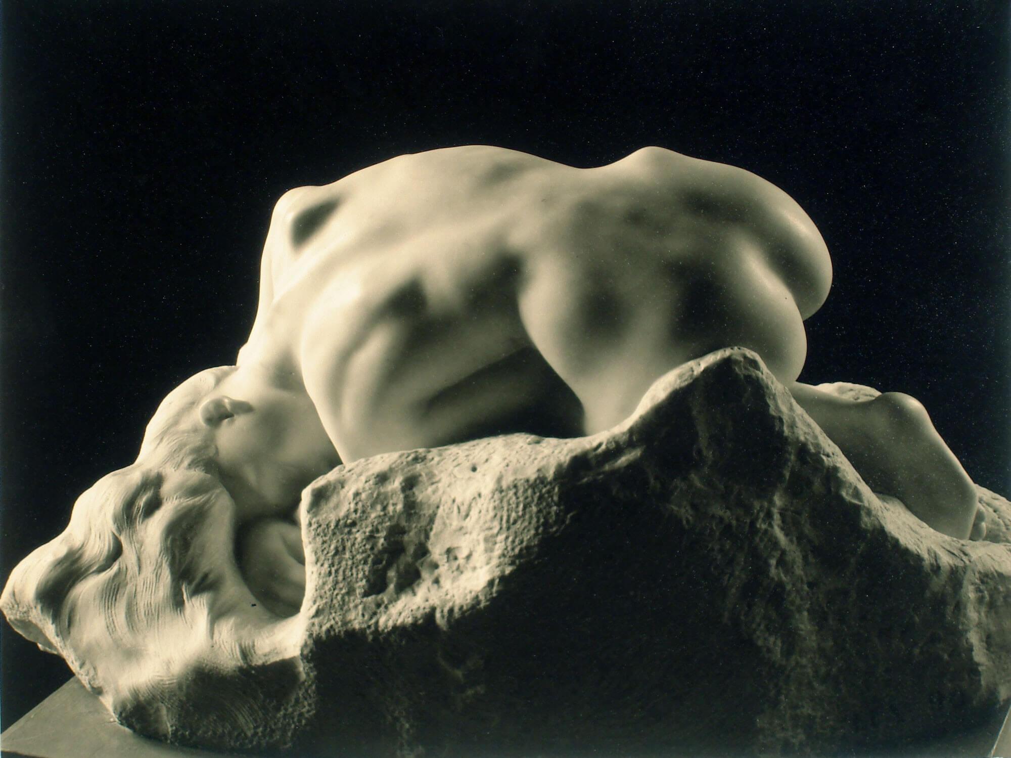 (CLAUDEL) Rodin, Danaide(1889), marmo