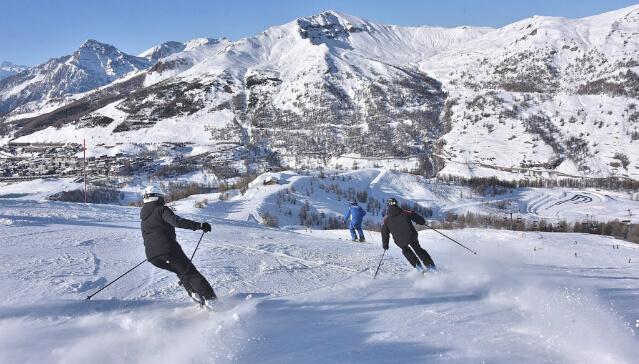 Lo sci. Uno sport sano e a contatto con la natura