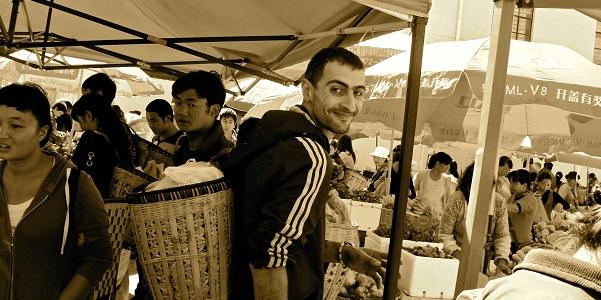 Mauro al mercato del venerdì